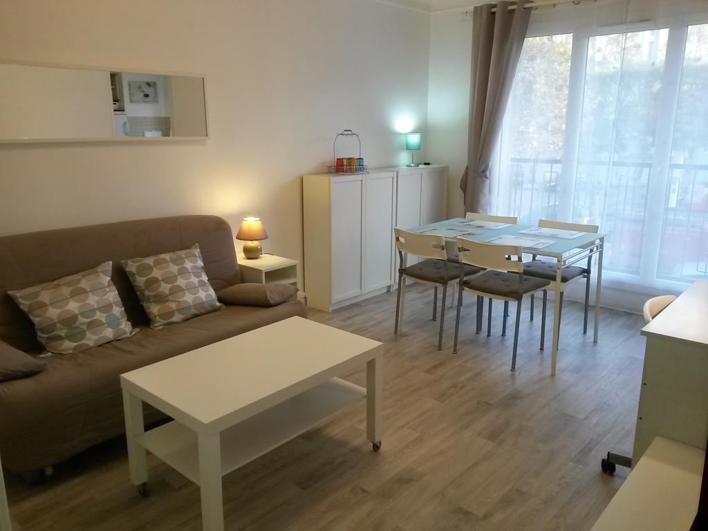 Appartement particulier à Nogent-sur-Marne, %type de 29m²