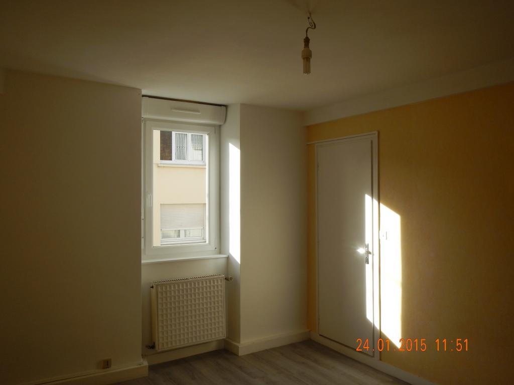 location d 39 appartement t1 de particulier particulier vannes 392 36 m. Black Bedroom Furniture Sets. Home Design Ideas