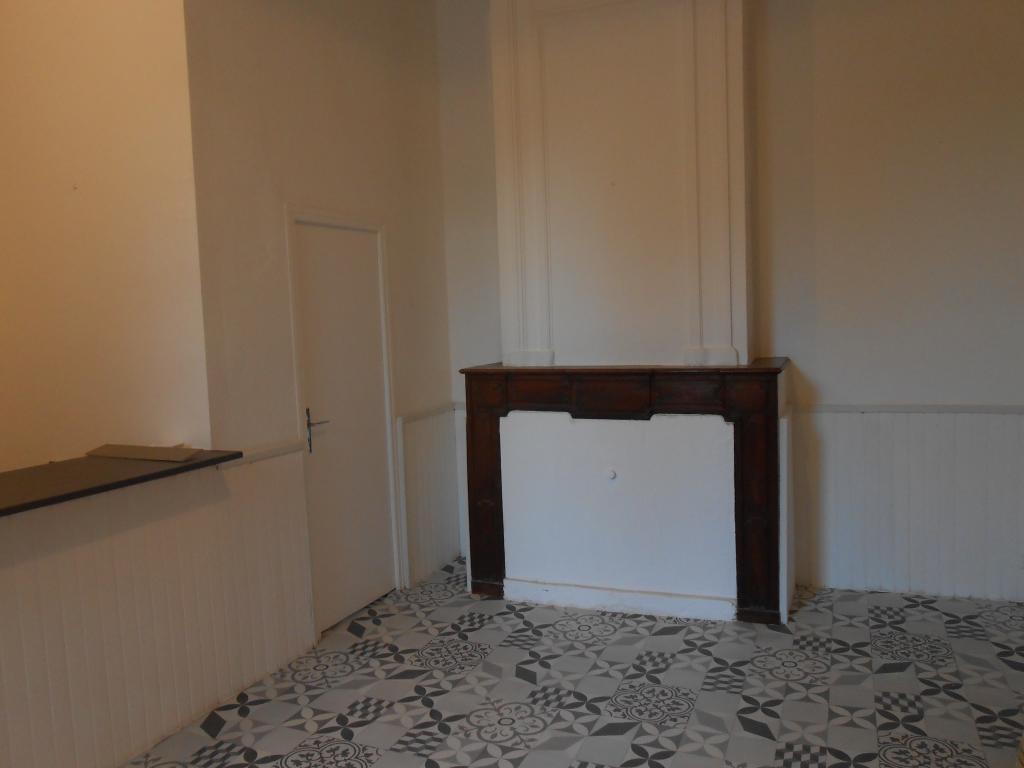 Location d 39 appartement t2 sans frais d 39 agence lisle sur for Location appartement sans frais agence