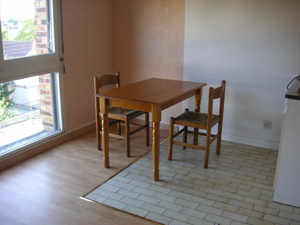 De particulier à particulier Châlons-en-Champagne, appartement studio de 28m²