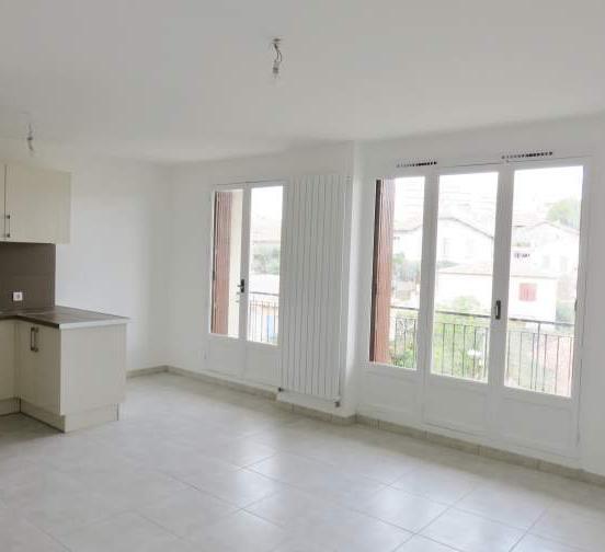 ... Location Appartement T2 Marseille 13   Photo 2 ...