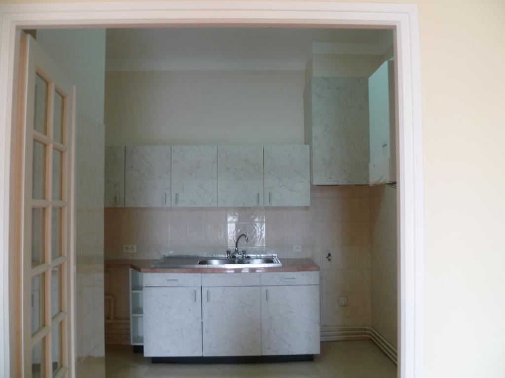 location appartement bayonne de particulier particulier. Black Bedroom Furniture Sets. Home Design Ideas