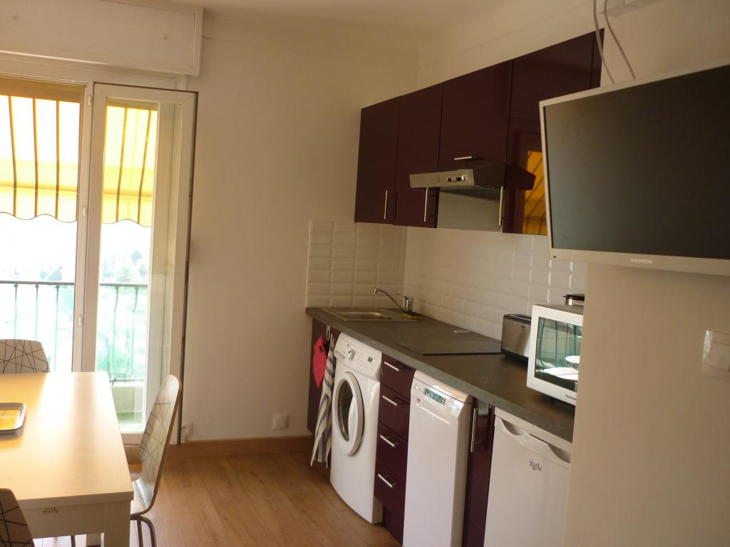 Location d 39 appartement t2 meubl de particulier for Location studio meuble a nice