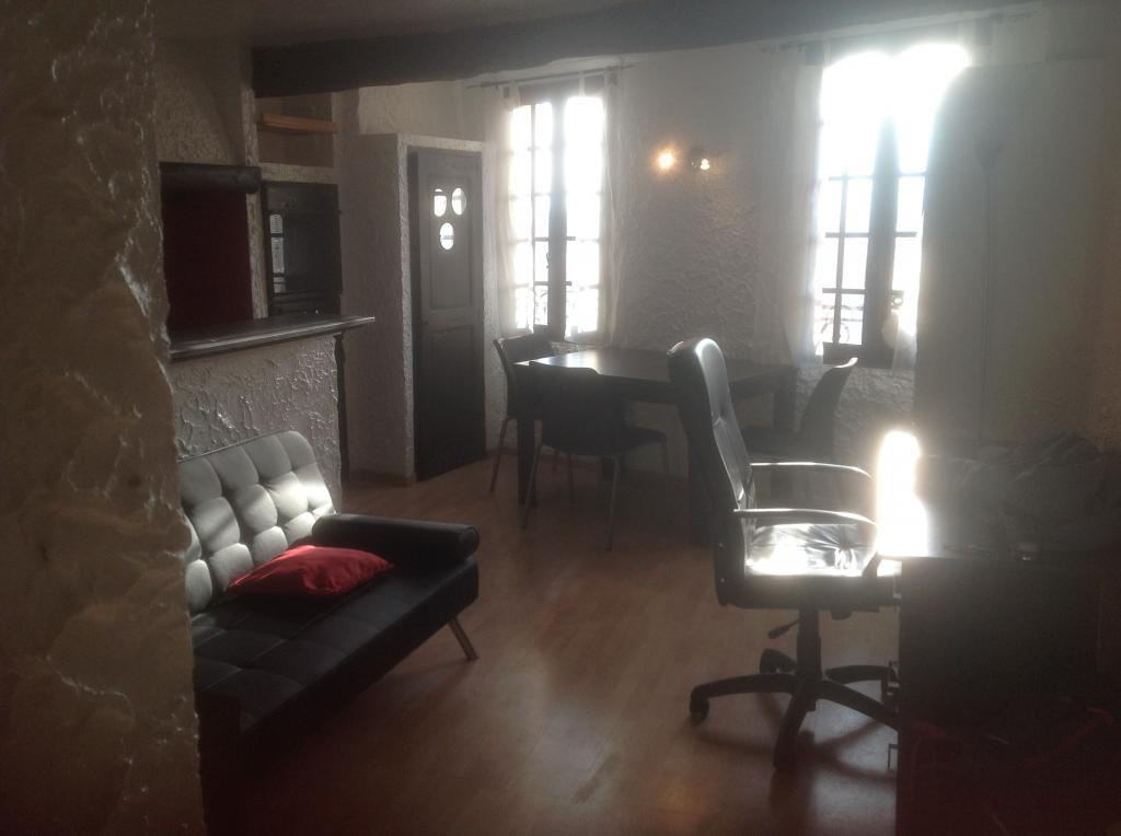 Entre particulier , studio, de 32m² à Grasse
