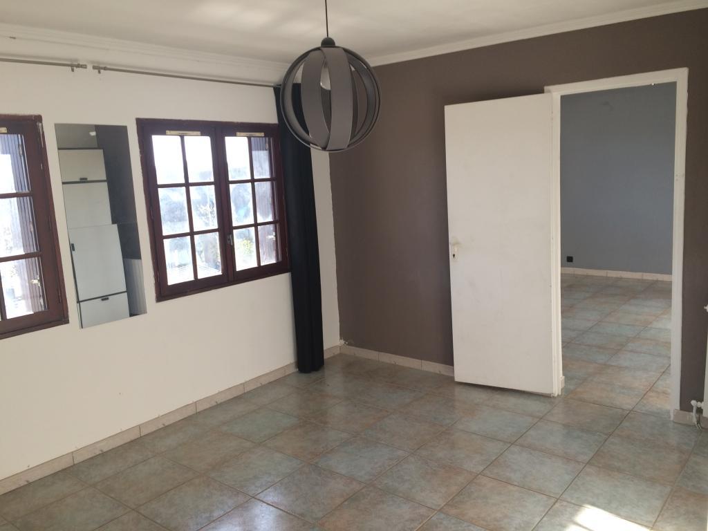 Appartement particulier à Clayes-sous-Bois, %type de 42m²