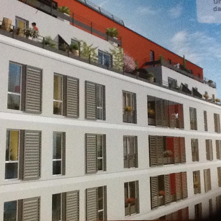 location de studio de particulier particulier marseille 13010 380 19 m. Black Bedroom Furniture Sets. Home Design Ideas