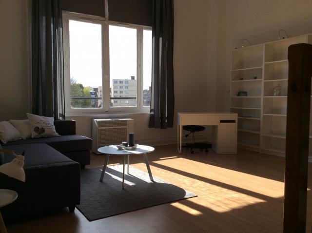 location d 39 appartement t2 meubl entre particuliers lille 750 40 m. Black Bedroom Furniture Sets. Home Design Ideas