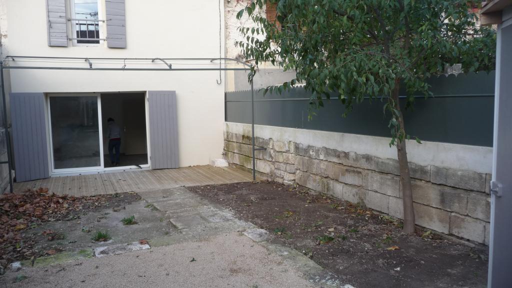 Location particulier à particulier, maison à Saint-Rémy-de-Provence, 70m²