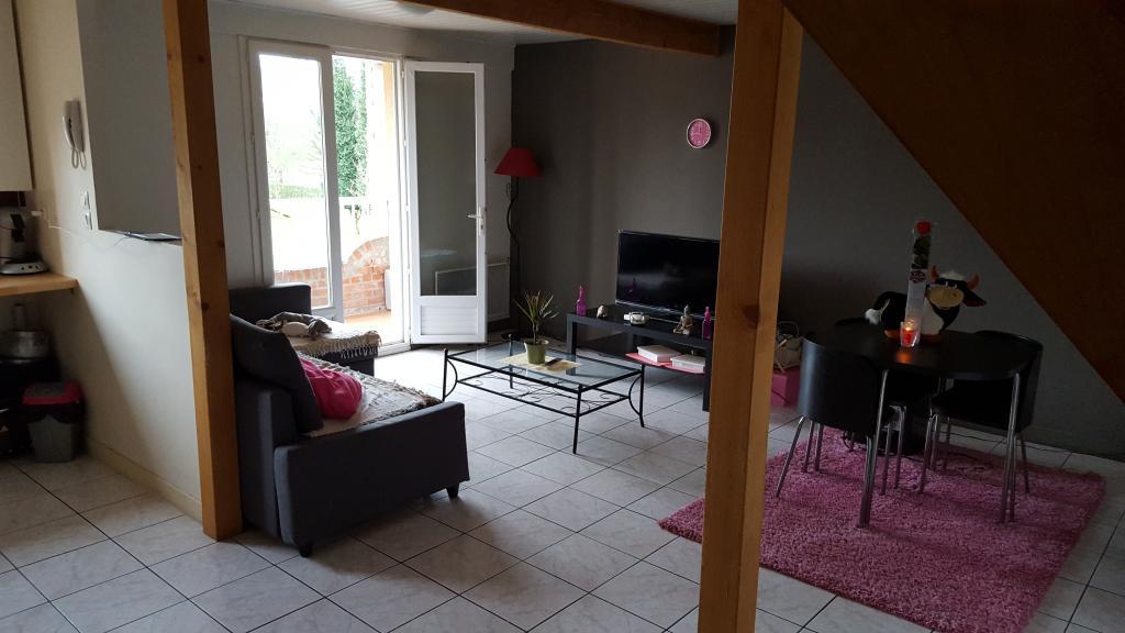 Particulier location Éleu-dit-Leauwette, appartement, de 80m²