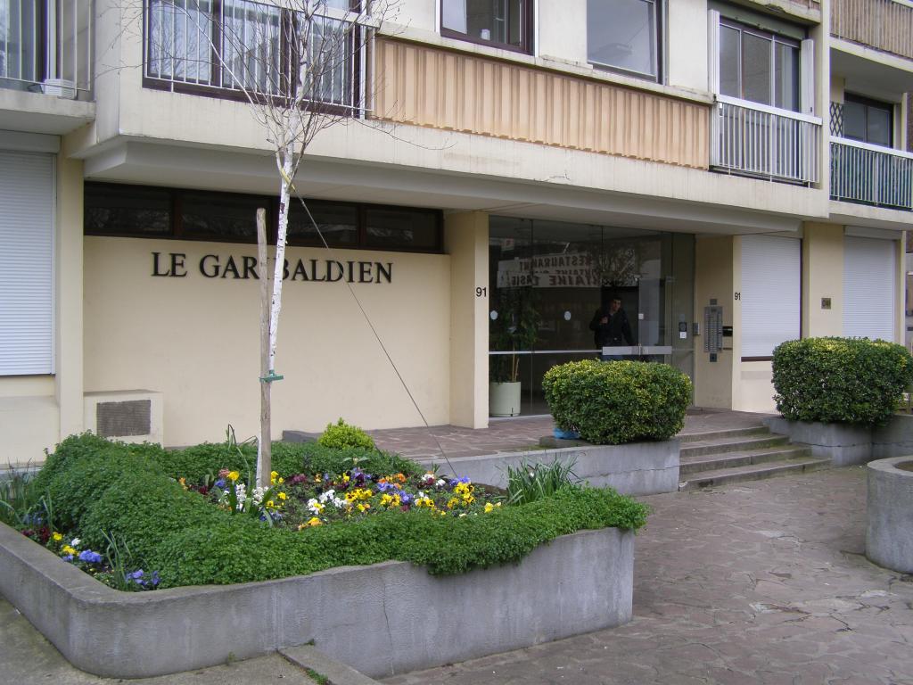 Location immobilière par particulier, Saint-Ouen, type appartement, 65m²