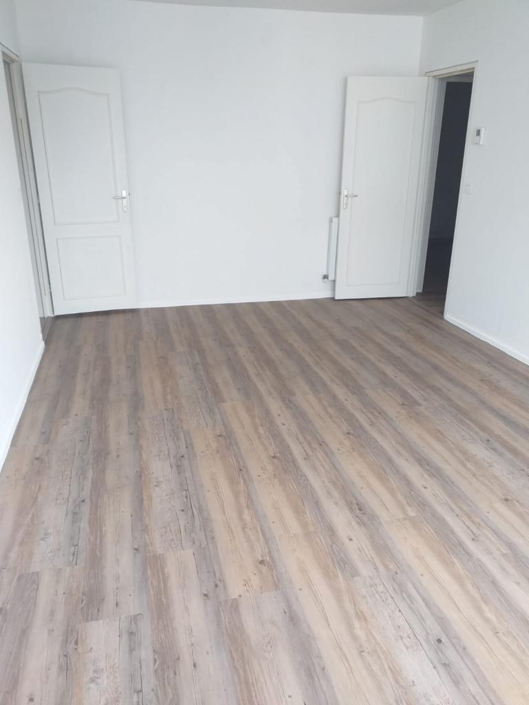 Location immobilière par particulier, Saint-Pierre-lès-Elbeuf, type appartement, 88m²