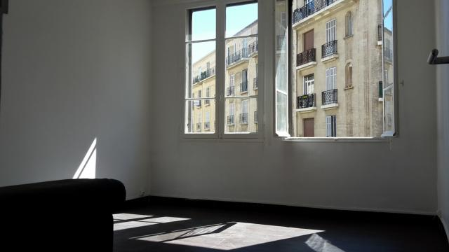 Location appartement T3 Marseille 04 - Photo 3