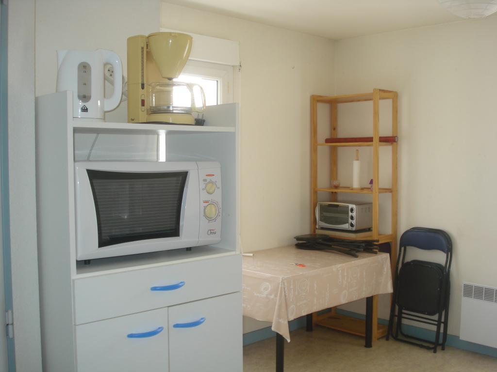 studio de 21m2 louer sur poitiers location appartement. Black Bedroom Furniture Sets. Home Design Ideas