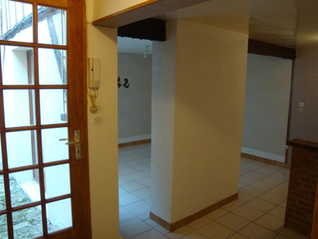 Location particulier, appartement, de 37m² à Châlons-en-Champagne