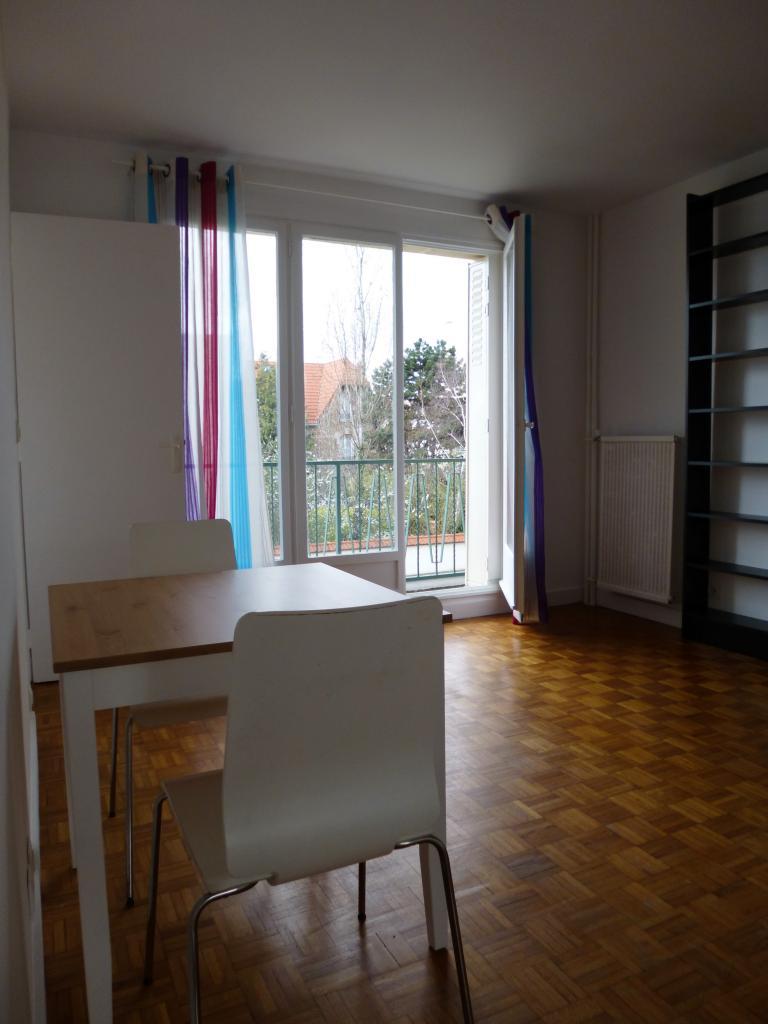 Location appartement entre particulier Saint-Maur-des-Fossés, studio de 29m²