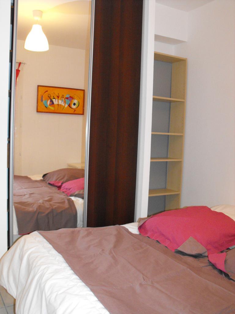 location d 39 appartement t2 meubl de particulier particulier montpellier 820 52 m. Black Bedroom Furniture Sets. Home Design Ideas