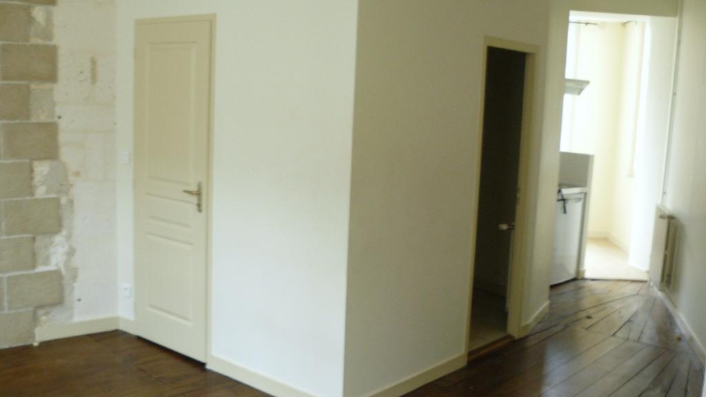 Location de particulier à particulier à Angoulême, appartement appartement de 30m²