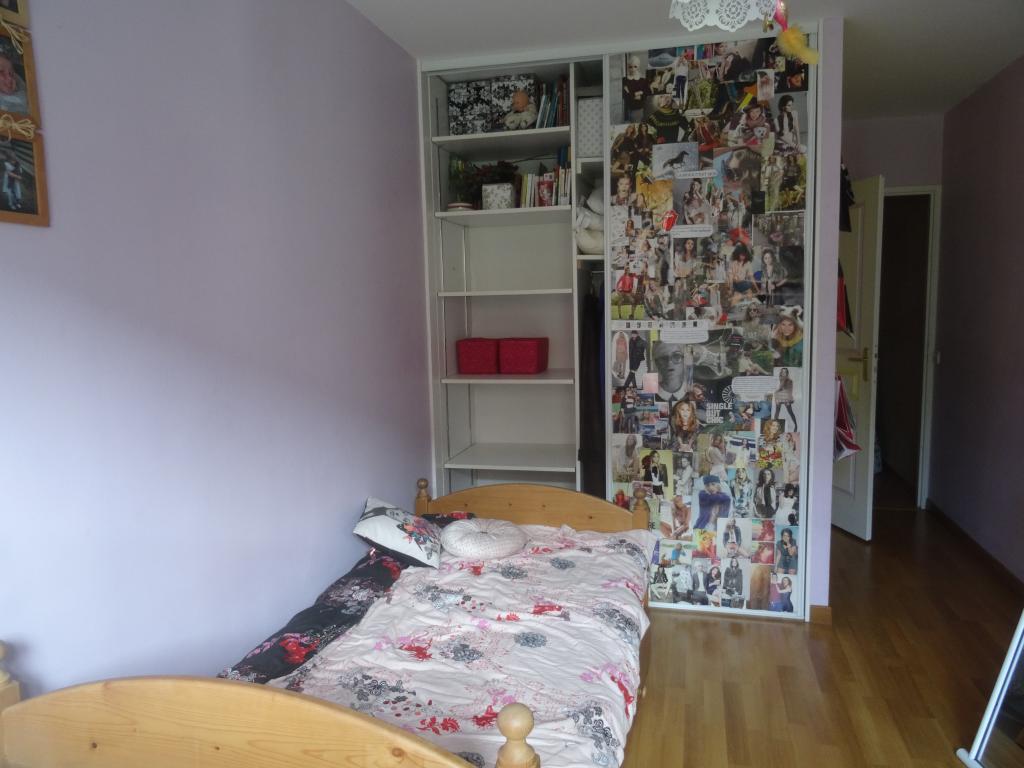 Location particulier, chambre, de 15m² à Saint-Genis-Laval