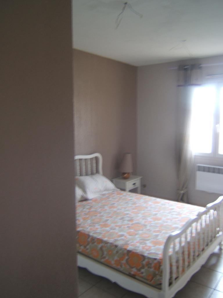 Chambre de 15m2 louer sur nimes location appartement for Chambre de nimes
