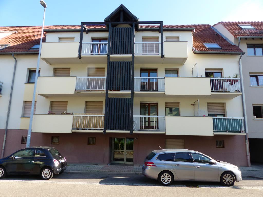 Location d 39 appartement t1 sans frais d 39 agence illkirch for Location garage lingolsheim