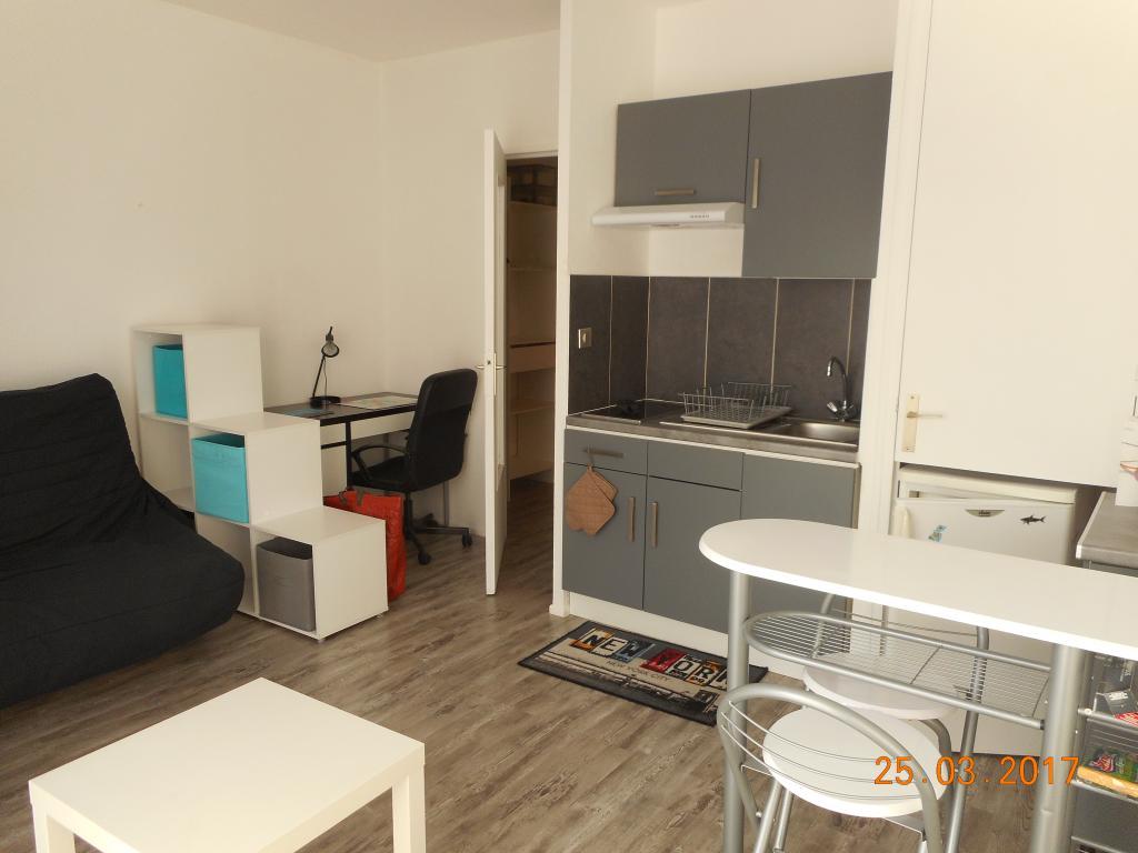 logement lyc e robert schuman metz 286 offres de logements proches de lyc e robert schuman. Black Bedroom Furniture Sets. Home Design Ideas