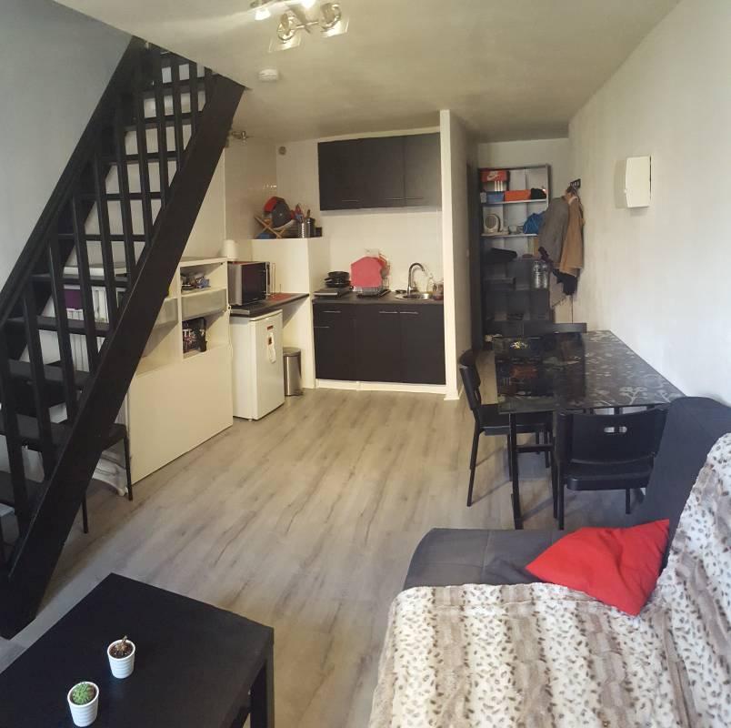 appartement de 50m2 louer sur nimes location appartement. Black Bedroom Furniture Sets. Home Design Ideas