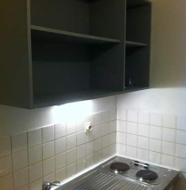 location de chambre meubl e de particulier caen 225. Black Bedroom Furniture Sets. Home Design Ideas