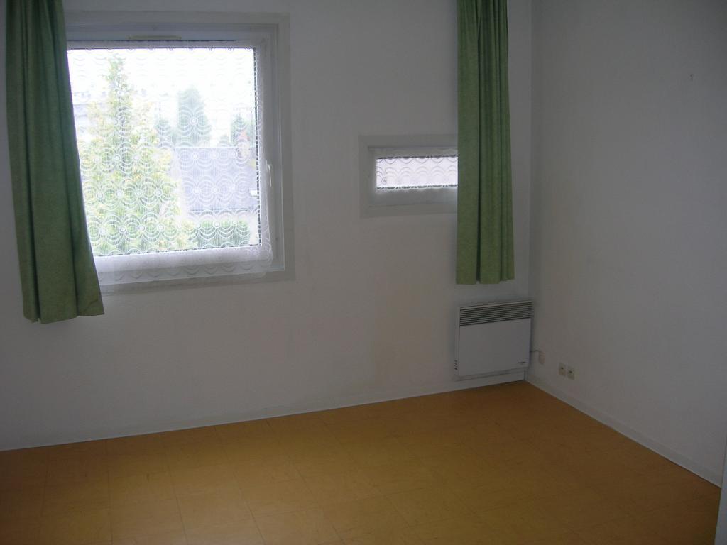 Appartement particulier, studio, de 18m² à Saint-Sulpice-de-Pommeray