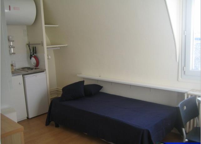 Location de studio meubl entre particuliers paris for Location studio meuble paris 16