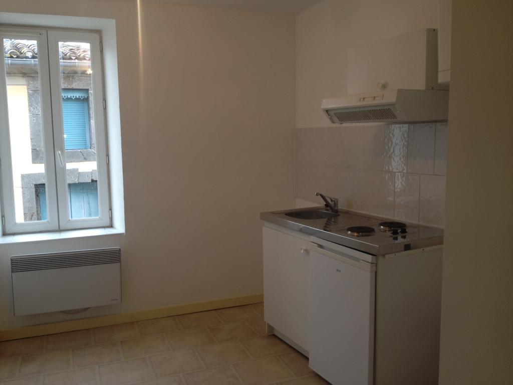 De particulier à particulier Vias, appartement studio de 18m²