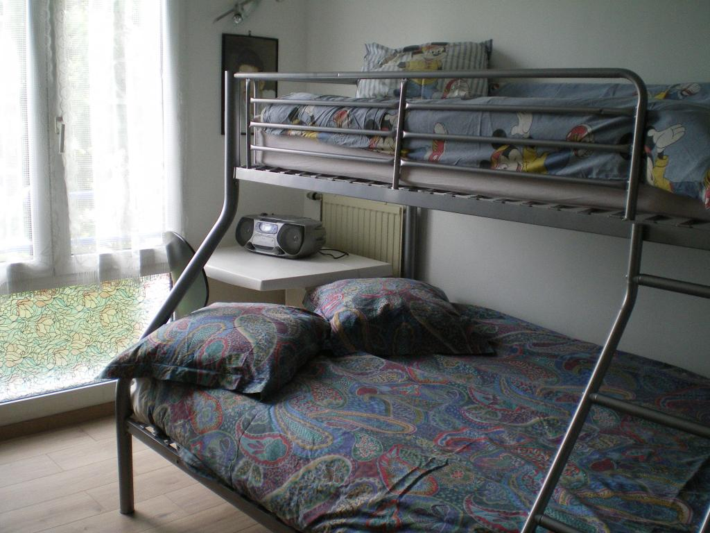 logement tudiant montigny le bretonneux 78 16 logements tudiants disponibles. Black Bedroom Furniture Sets. Home Design Ideas