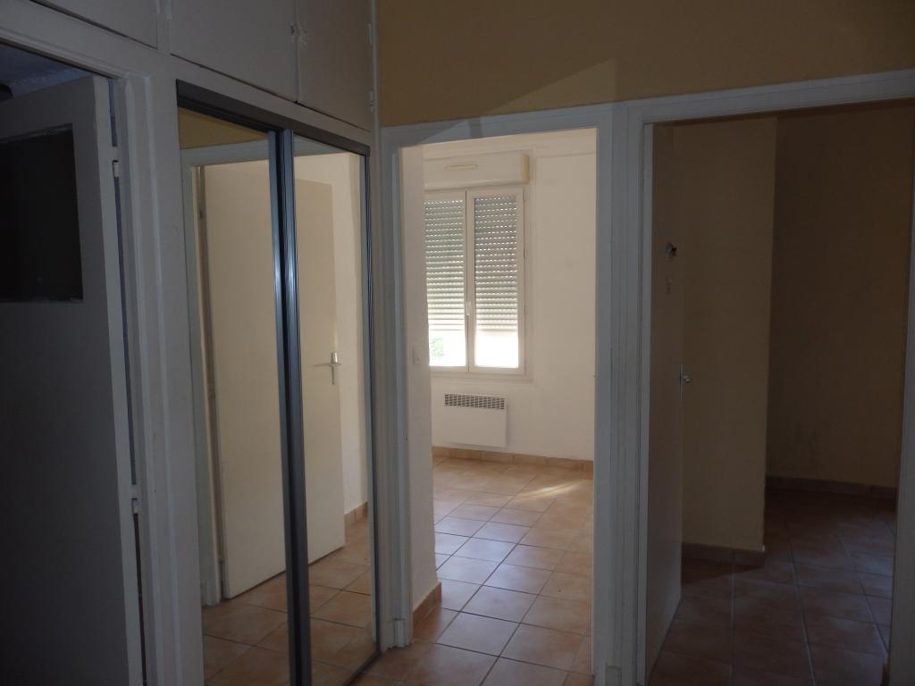 Location d 39 appartement t3 de particulier perpignan 605 for Location appartement atypique perpignan