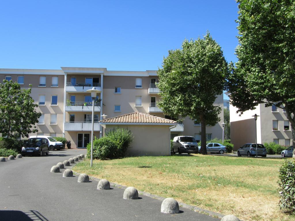 Location immobilière par particulier, Cenon, type appartement, 48m²