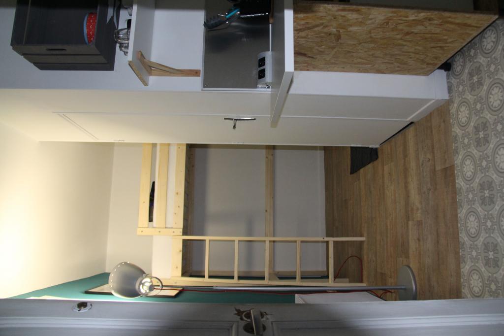 location de chambre meubl e de particulier particulier lille 390 13 m. Black Bedroom Furniture Sets. Home Design Ideas
