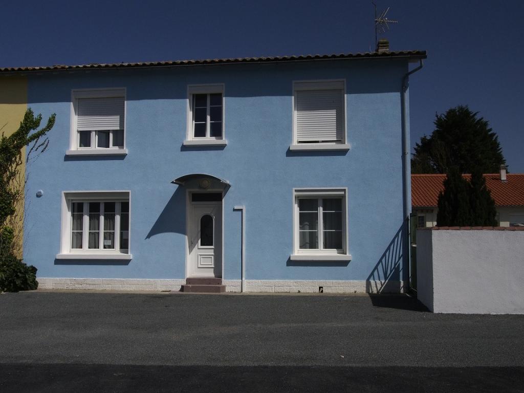 De particulier à particulier, maison, de 140m² à Clavette