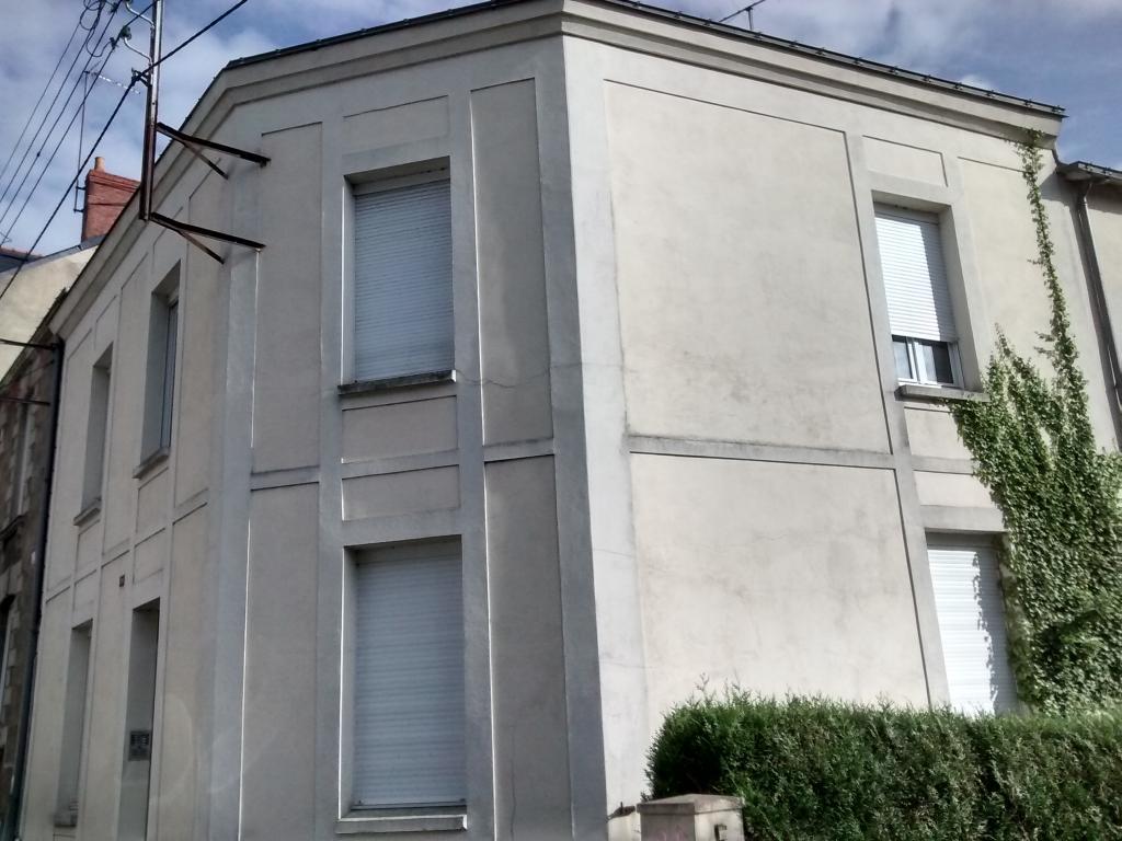location de studio entre particuliers angers 371 44 m. Black Bedroom Furniture Sets. Home Design Ideas