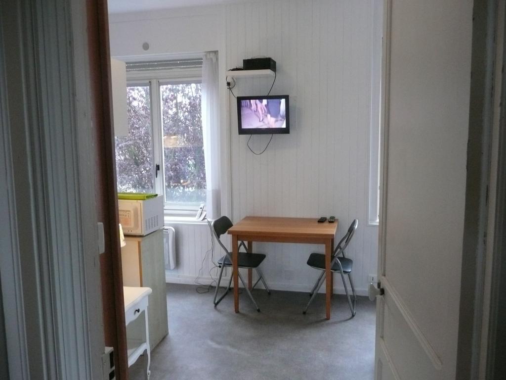 De particulier à particulier, studio à Mons-en-Baroeul, 15m²