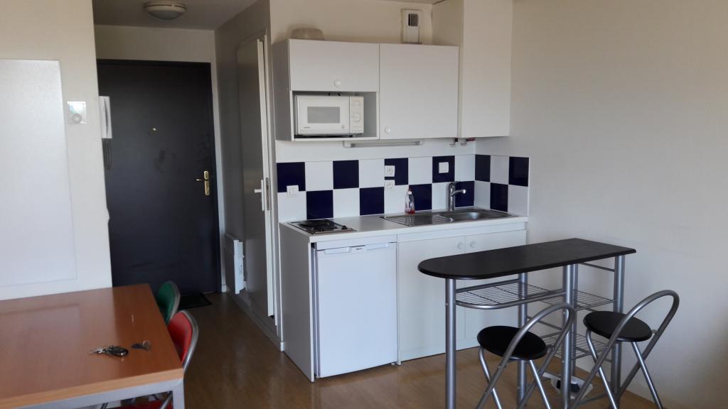 Location de studio meubl sans frais d 39 agence annecy for Location meuble annecy