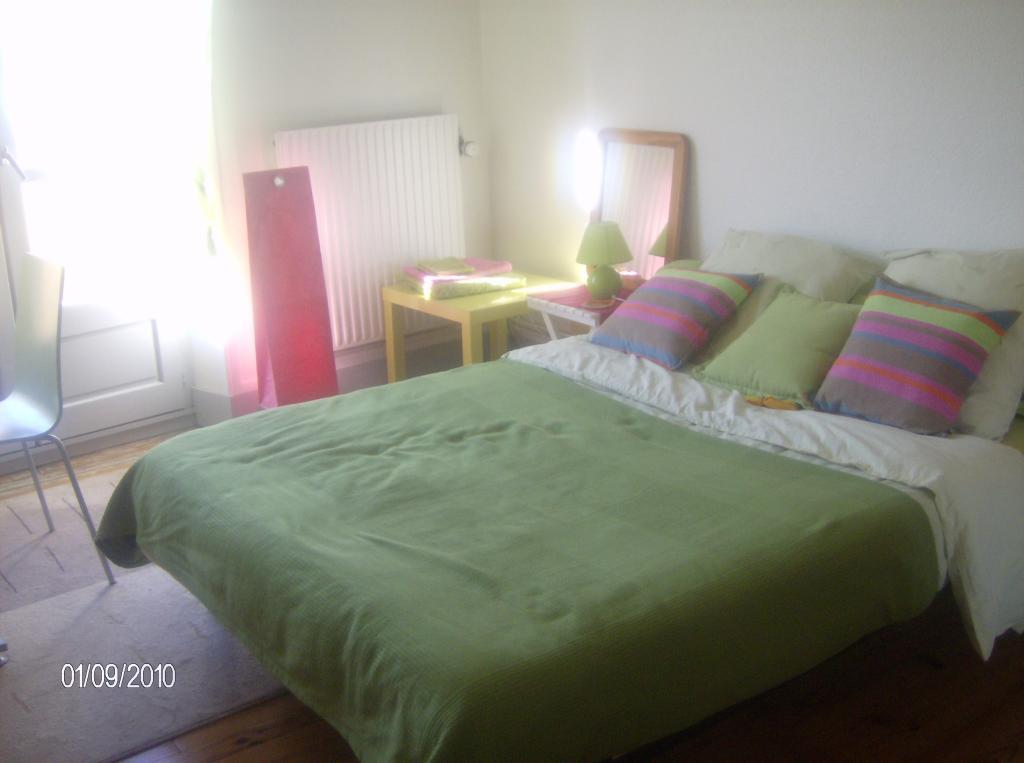 chambres louer grenoble 27 offres location de chambres grenoble. Black Bedroom Furniture Sets. Home Design Ideas