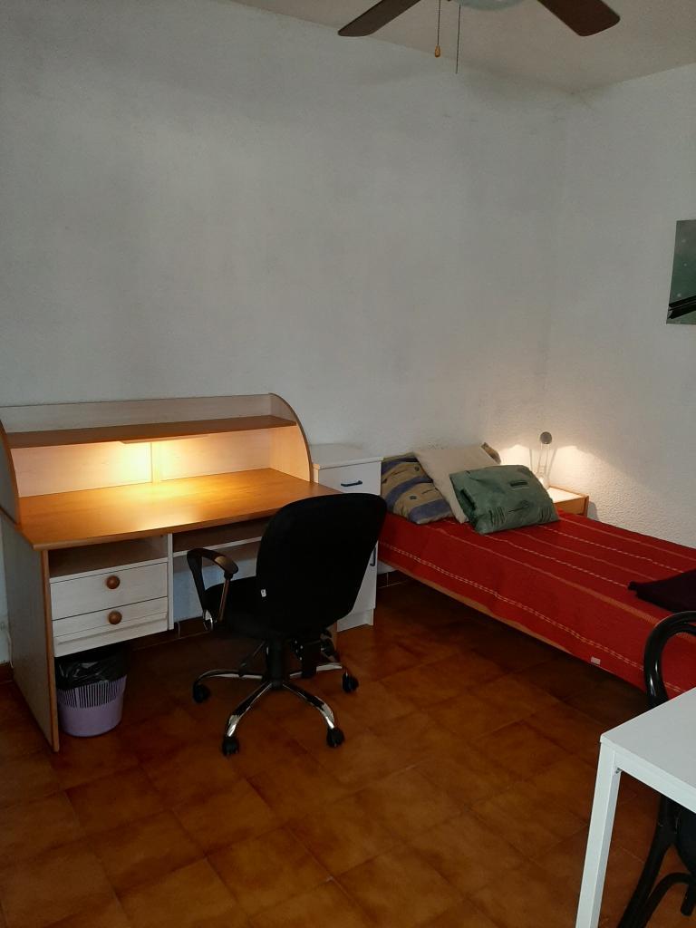 Particulier location Toulon, chambre, de 12m²