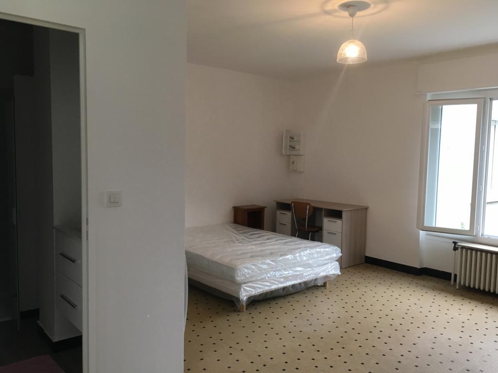 Location appartement entre particulier Oullins, de 38m² pour ce studio