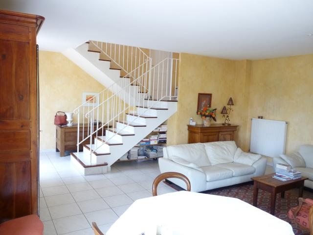 Location maison F5 Fontaines St Martin - Photo 3