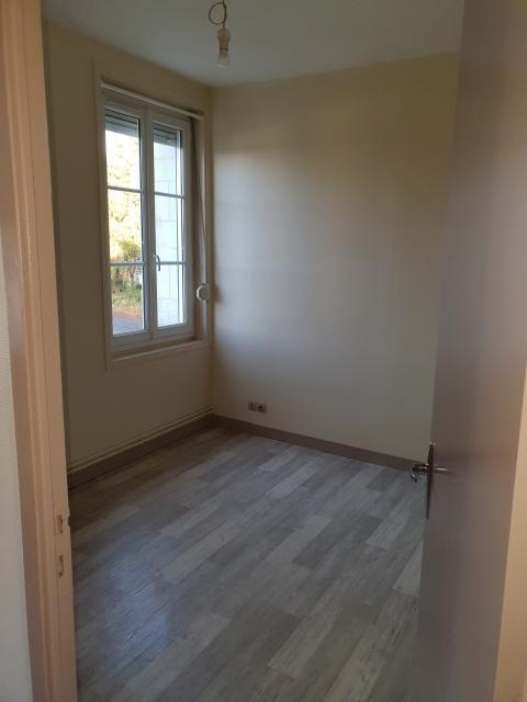 location d 39 appartement meubl sans frais d 39 agence. Black Bedroom Furniture Sets. Home Design Ideas