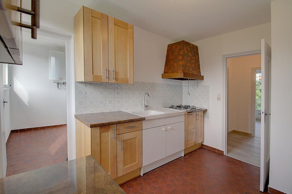 Particulier location Saint-Martin-d'Hères, appartement, de 55m²