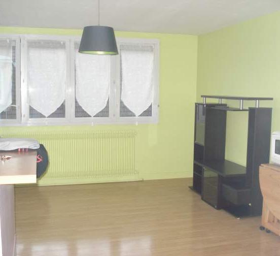Location d 39 appartement t3 entre particuliers beauvais for Comment ouvrir une porte de garage automatique