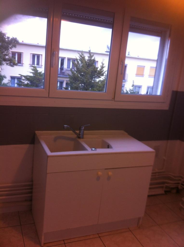 location d 39 appartement t4 sans frais d 39 agence vandoeuvre les nancy 590 59 m. Black Bedroom Furniture Sets. Home Design Ideas