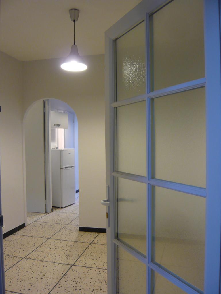 Location appartement entre particulier Soubès, studio de 27m²