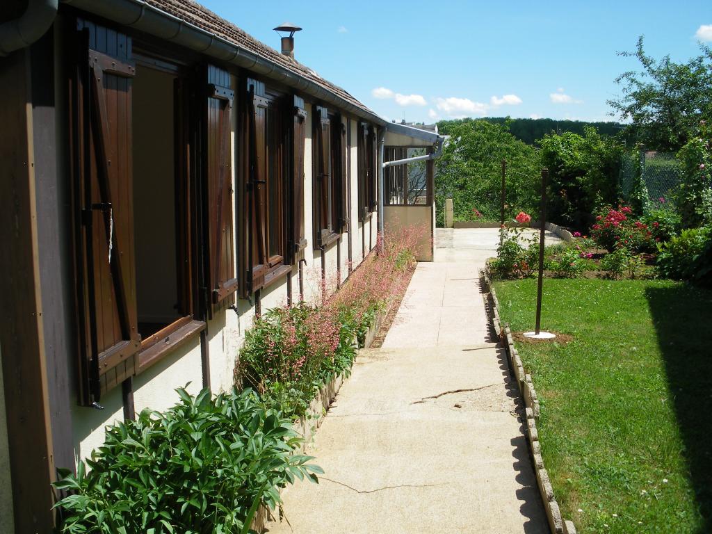 Location de maison f3 de particulier bourges 550 48 m for Entretien jardin bourges