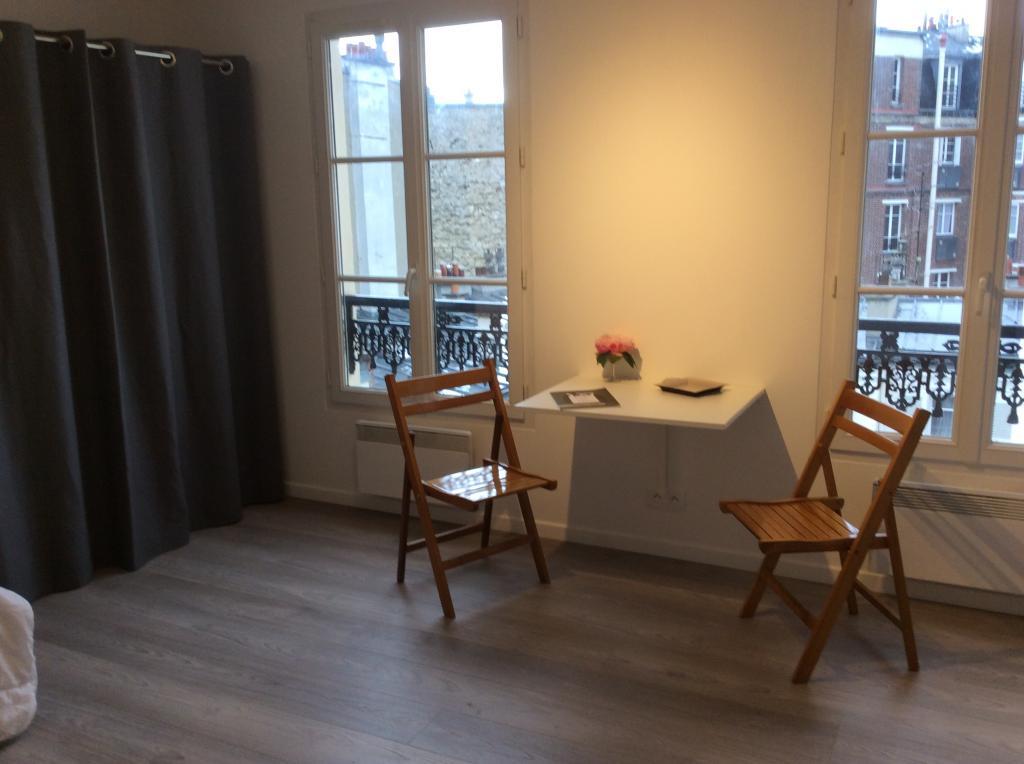 Particulier location, studio, de 22m² à Paris 09