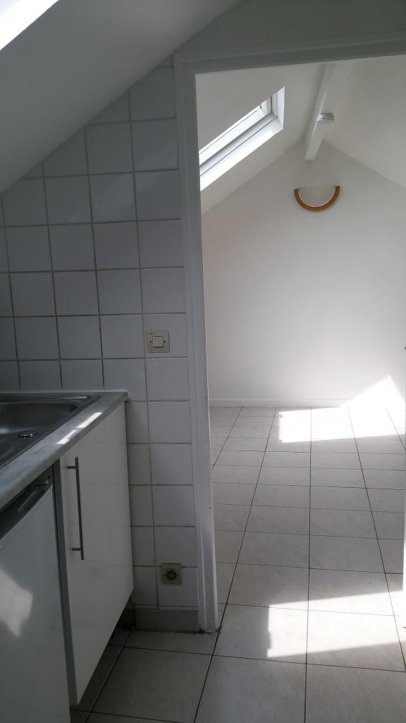 Location de particulier à particulier à Vaux-le-Pénil, appartement studio de 20m²